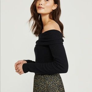 Abercrombie & Fitch off the shoulder knit  sweater